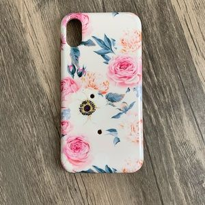 iPhone XR loopy case